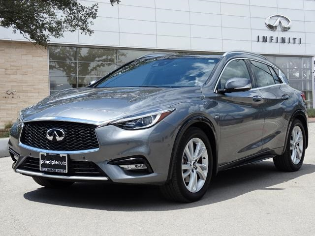 Certified Pre-Owned 2017 INFINITI QX30 Premium, Technology, Navigation, Wood Package